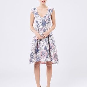 REVIEW Hamilton Fit and Flare floral dress size 16 Pink and blue floral